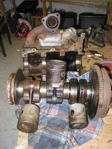 F 12 Motor zerlegt